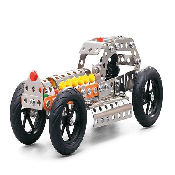 בניית מכונית ממתכת